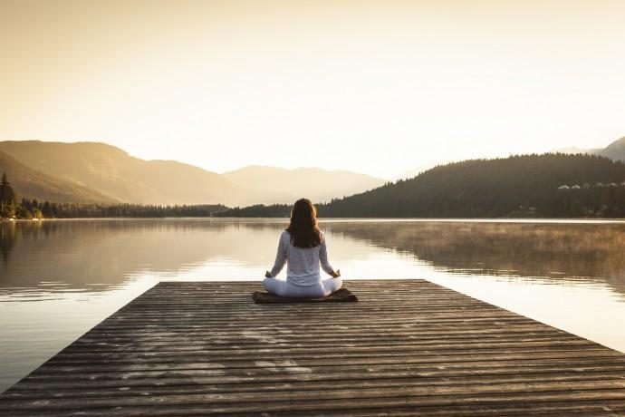 Les bienfaits de la meditation 690x460